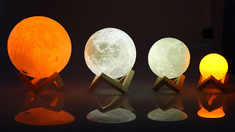 3D Printing Moon Night Light